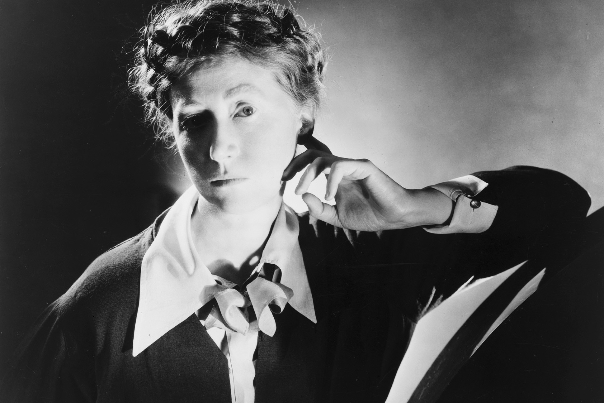 Marianne Moore photo #0