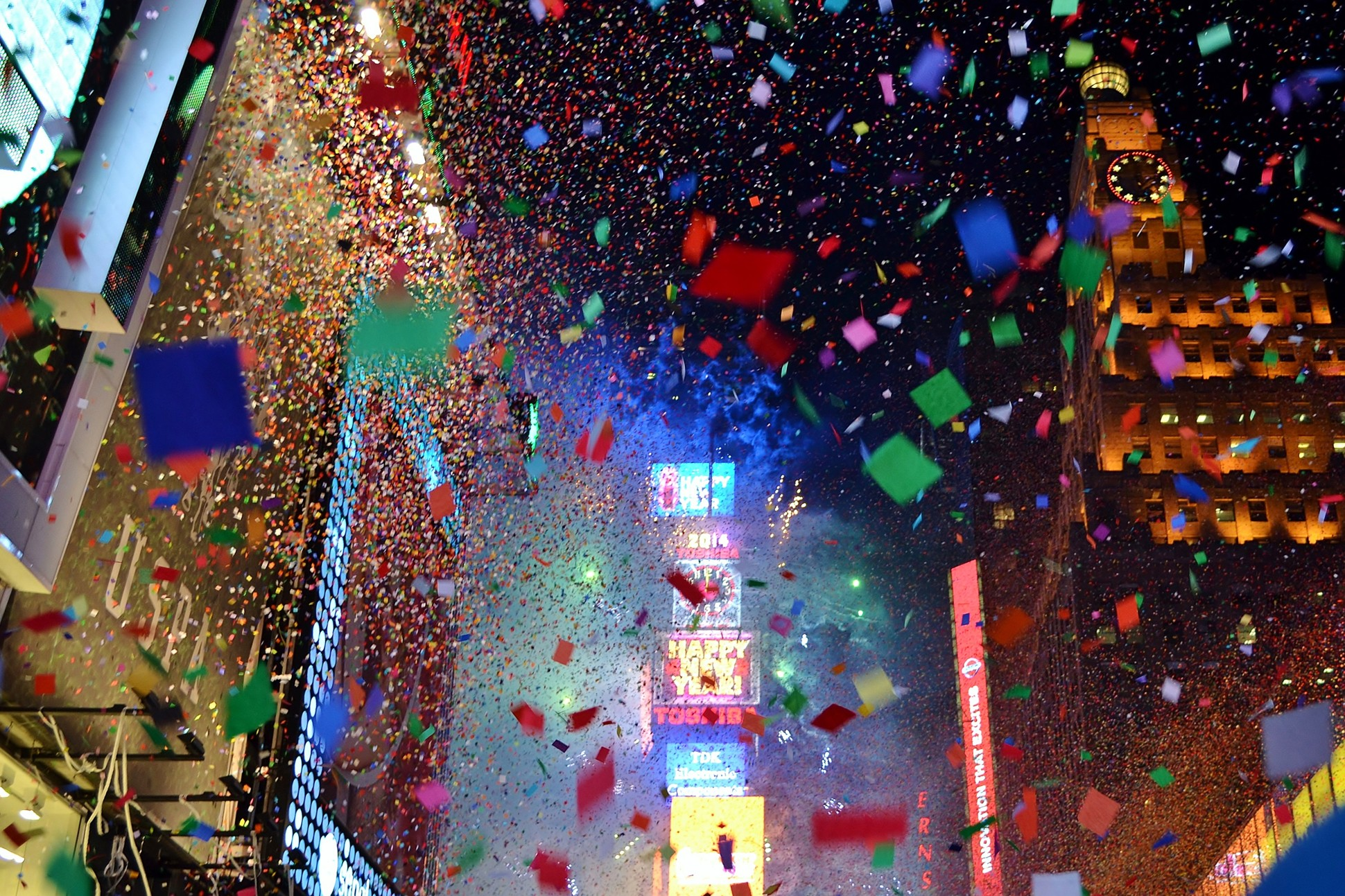 Photograph of Time's Square on New Year's Eve.