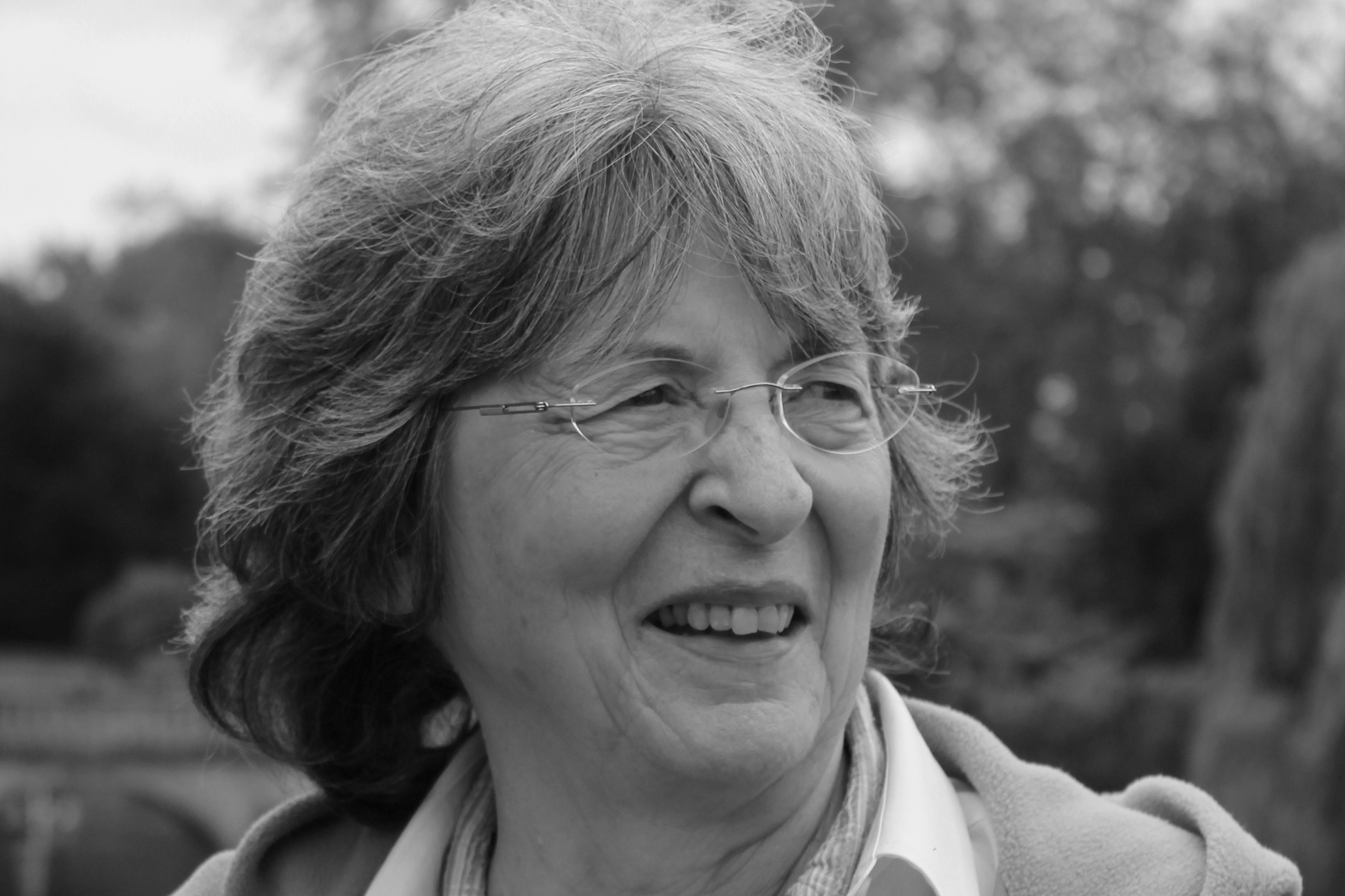Black and white image of the poet Pattiann Rogers.