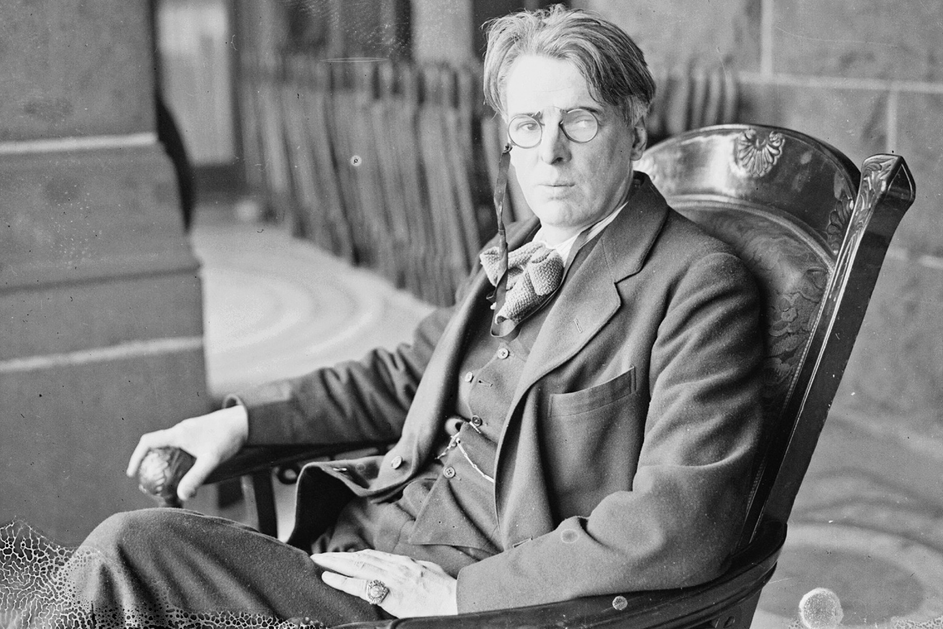 adams curse y b yeats Adam's curse - everyone's fate, everyone's tragedy the allusion to the biblical story of adam and eve in william butler yeats' poem, adam's curse, reflects the poem's pessimistic theme: the tragic nature of fate.